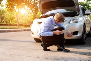 What Does a Claims Adjuster Do